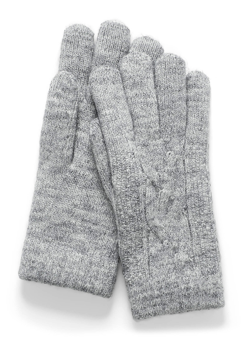 Simons Grey Cable knit gloves for women