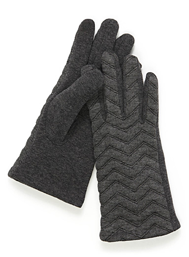 Quilted herringbone tech gloves