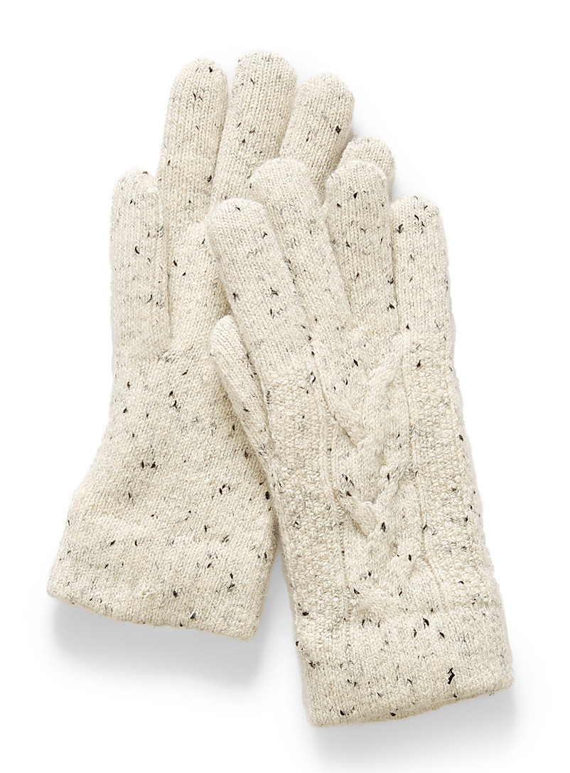 soft-confetti-gloves