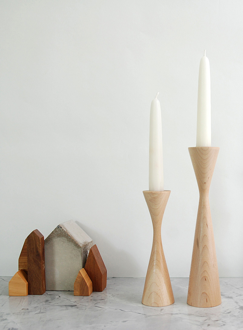 La Fabrique Déco Maple Bishop candlestick set With candles