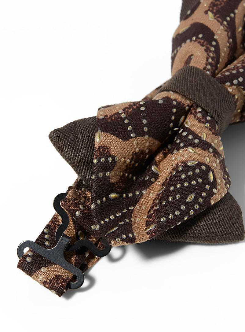 Coo-Mon Brown Arabesque pointed bow tie