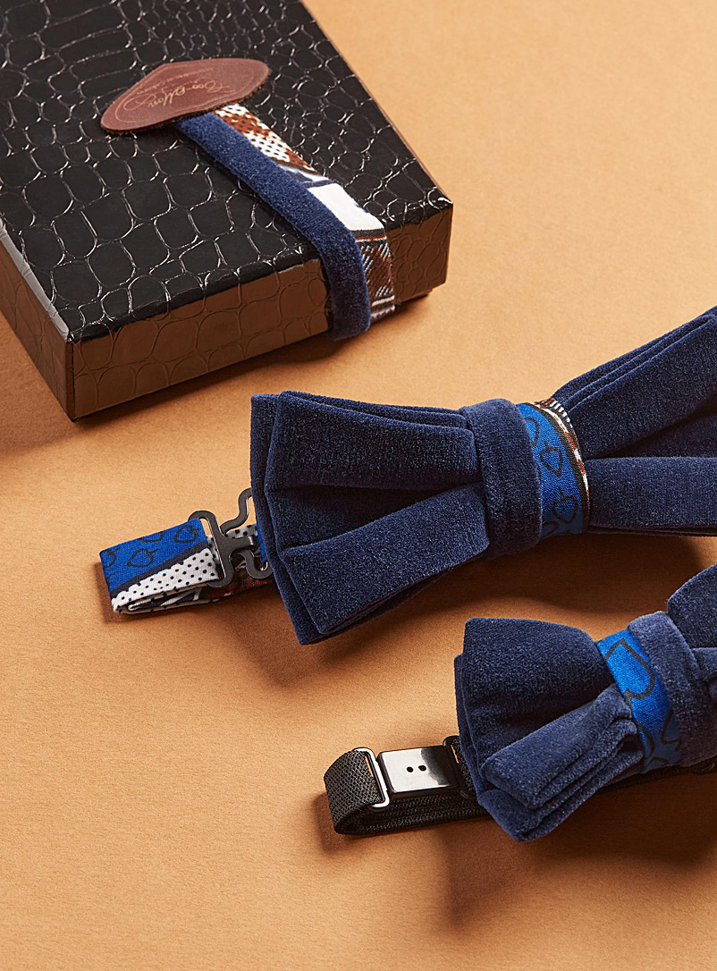 Coo-Mon Blue Father and son navy velvet bow ties