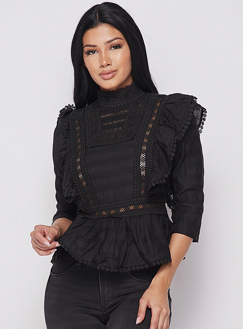 Icône Black Crochet band ruffle blouse for women
