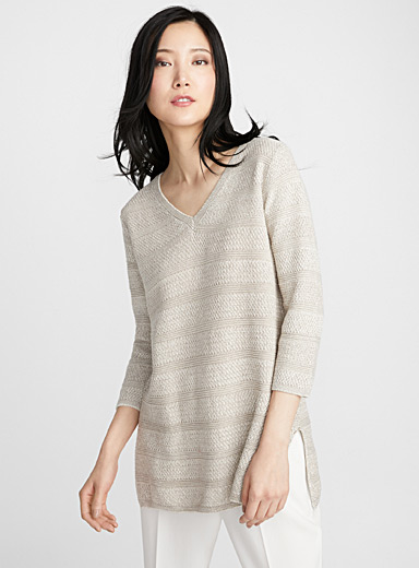 Textured stripe V-neck sweater