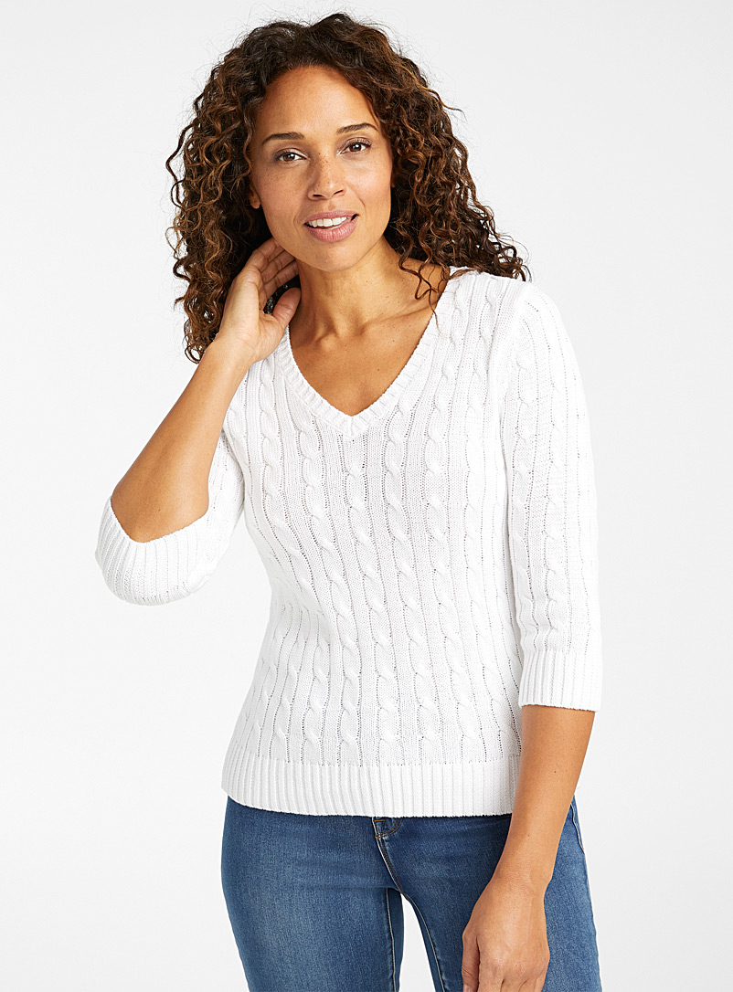 Contemporaine White Embossed cable V-neck sweater for women