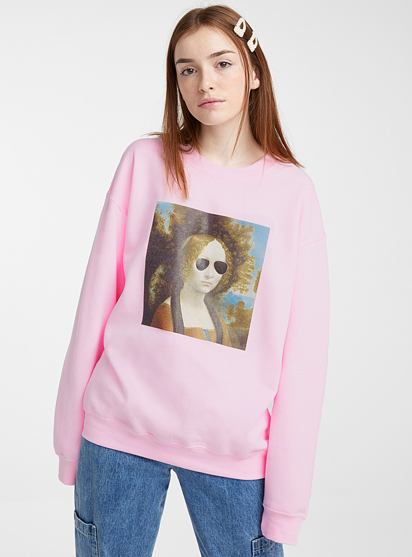 Daisy Street Dusky Pink Woman in aviator glasses sweatshirt for women