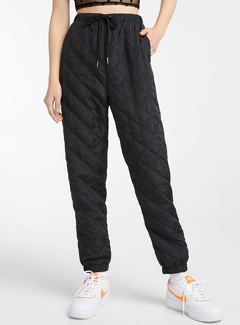 Daisy Street Black Diamond quilted joggers for women