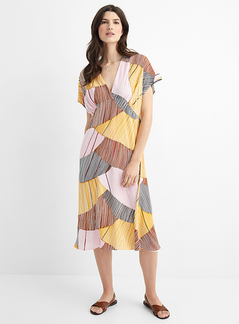 Contemporaine Patterned Yellow Hatched shell fluid dress for women