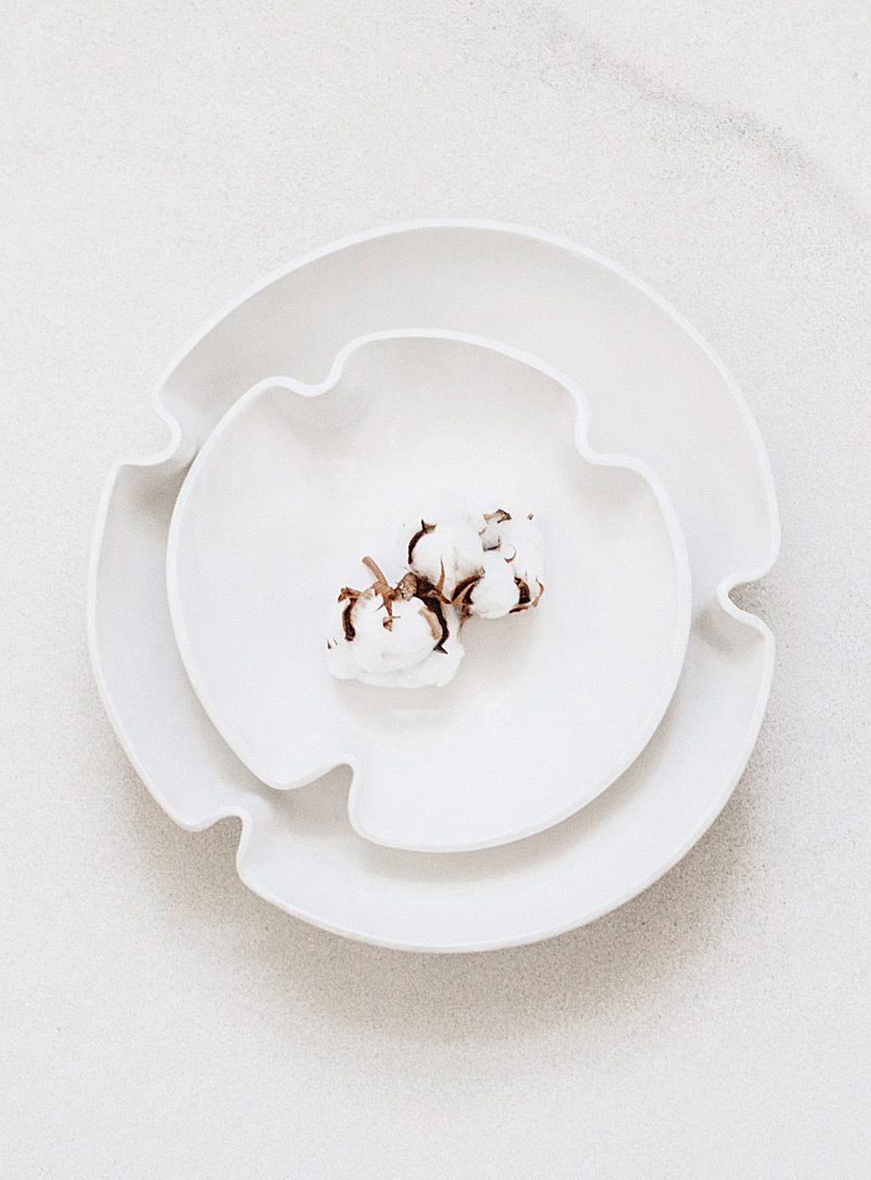 Lookslikewhite White Foliage serving bowl