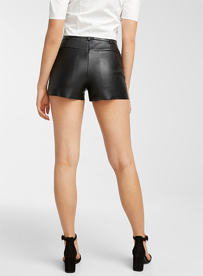 LAMARQUE Black Genuine leather short for women
