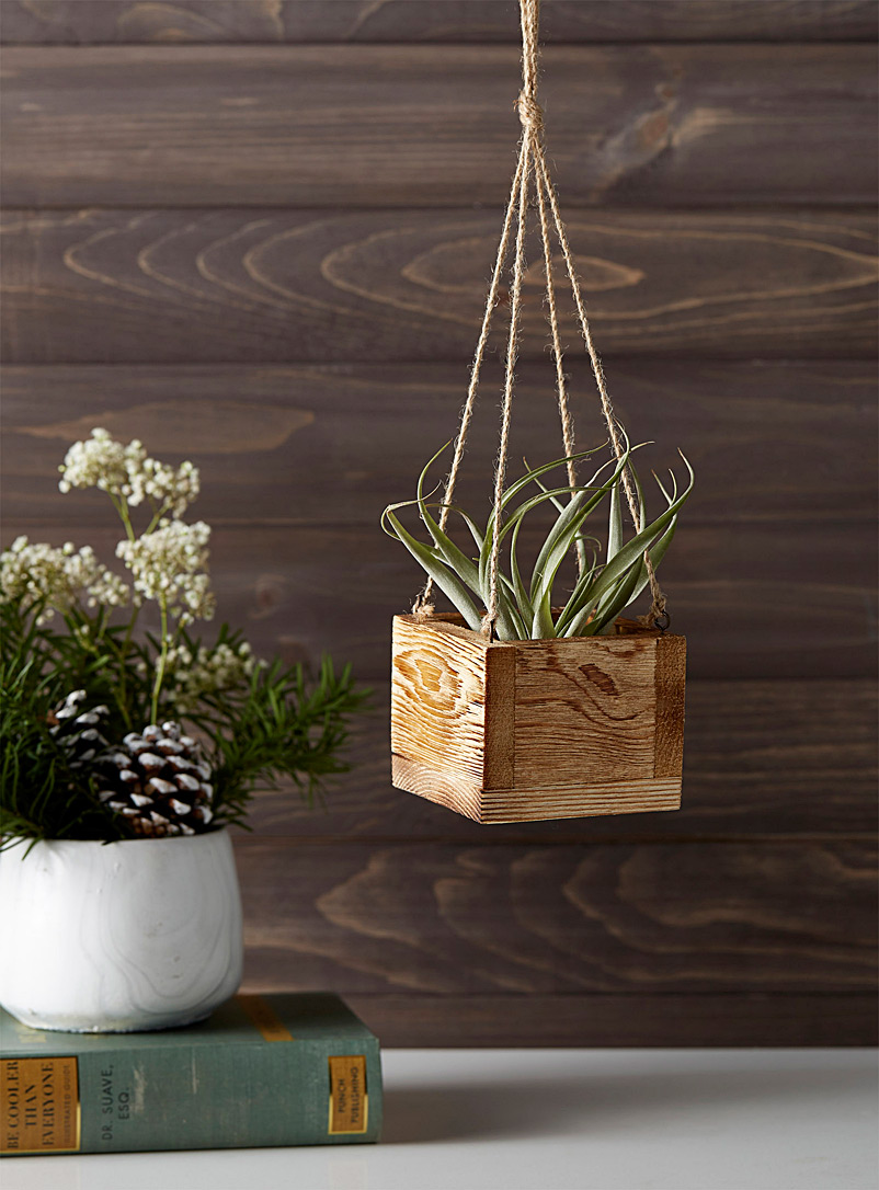 rustic-wood-hanging-planter