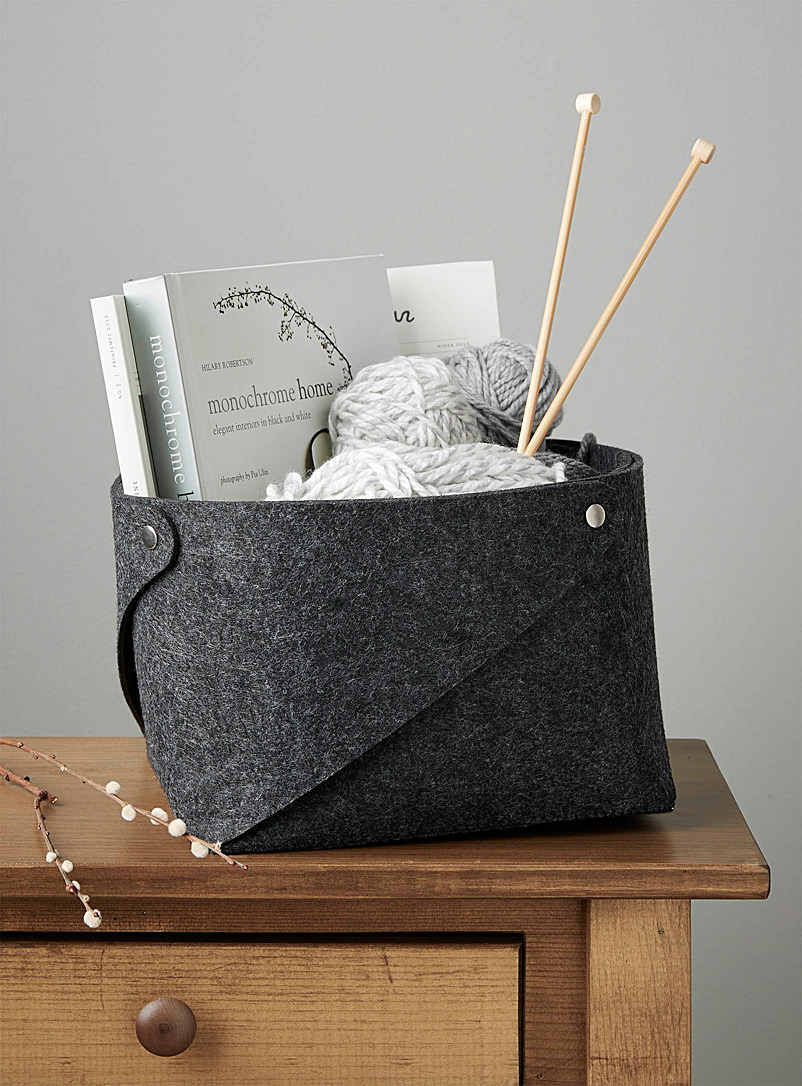 Simons Maison Dark Grey Snap button felt basket