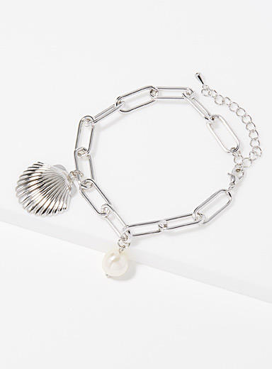 Metallic seashell bracelet