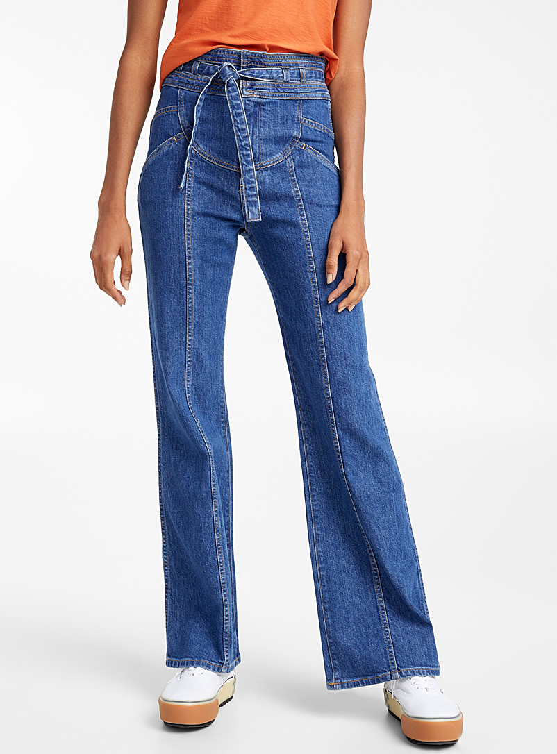 buckled-waist-flared-jean