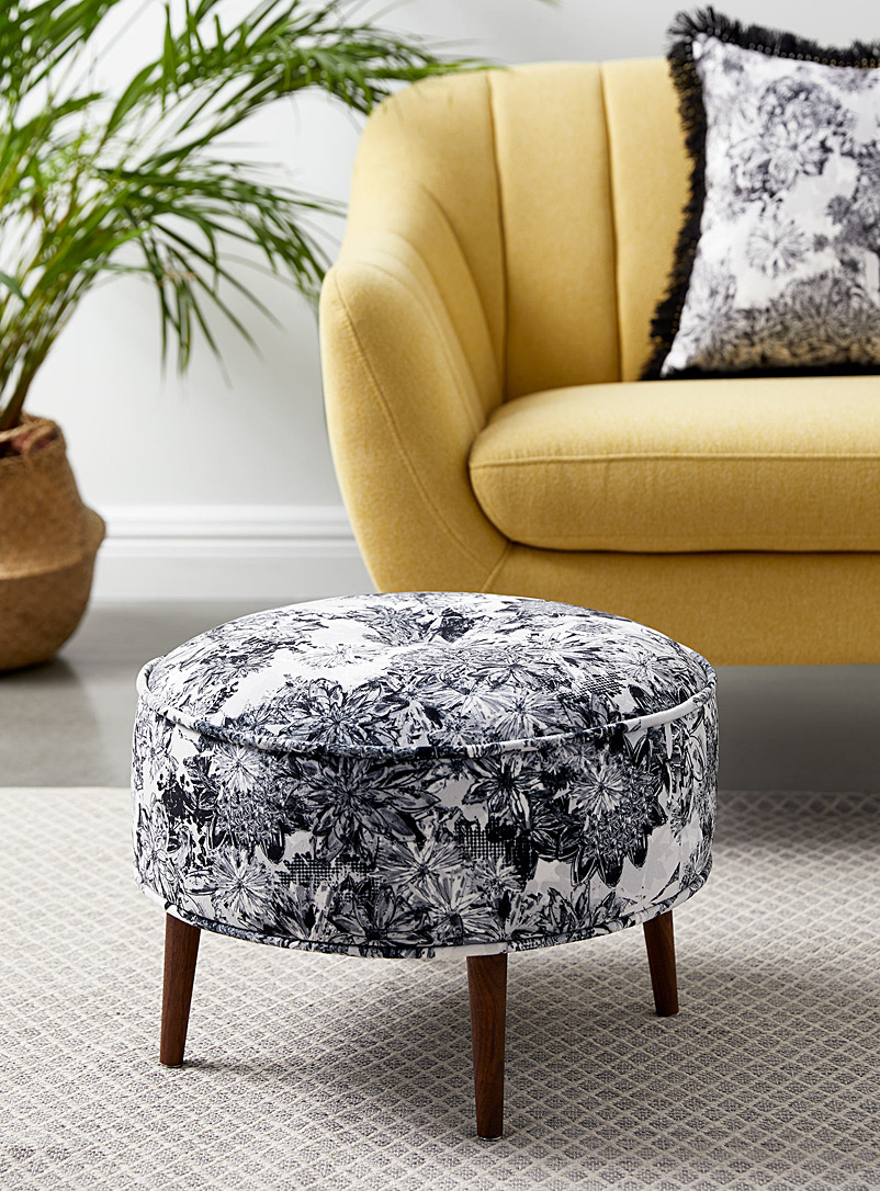 Monochrome floral ottoman - Foutu Tissu - Black and White