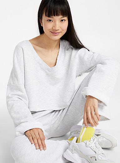 Ultra cropped loose-sleeve sweatshirt