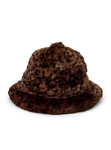 Leopard fur bucket hat