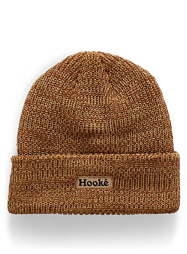 Two-tone knit tuque