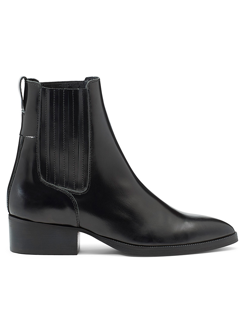 Block heel leather Chelsea boots