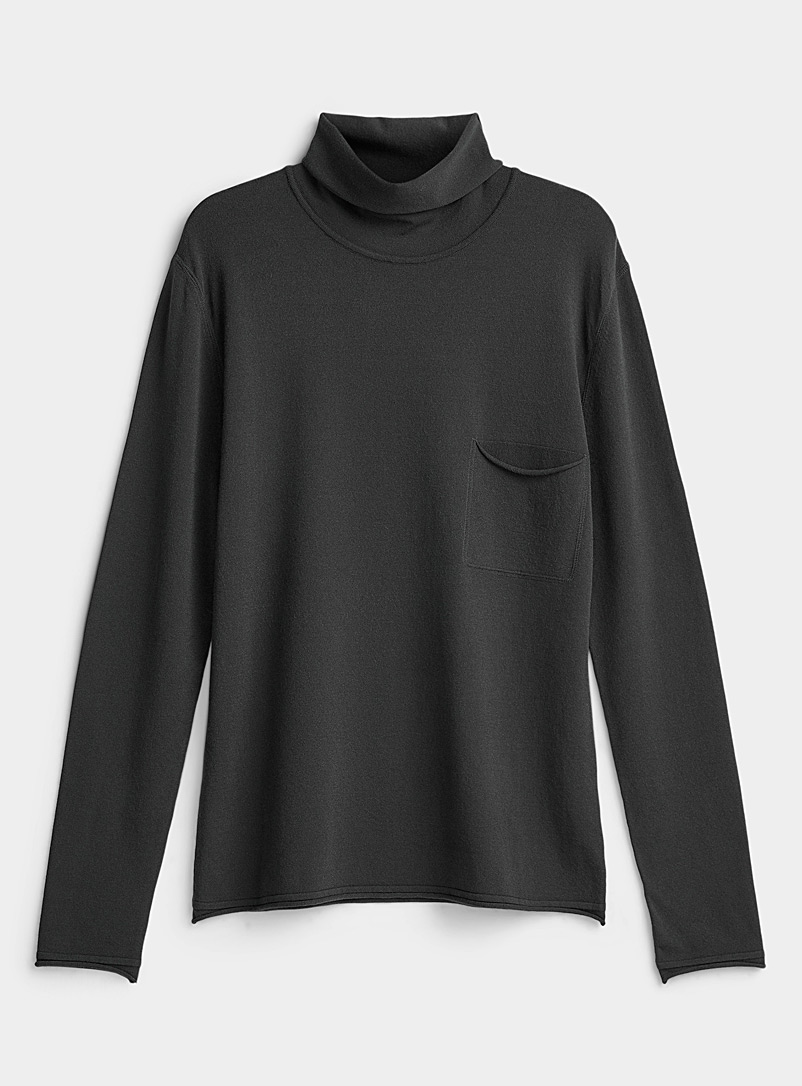 Le pull col montant