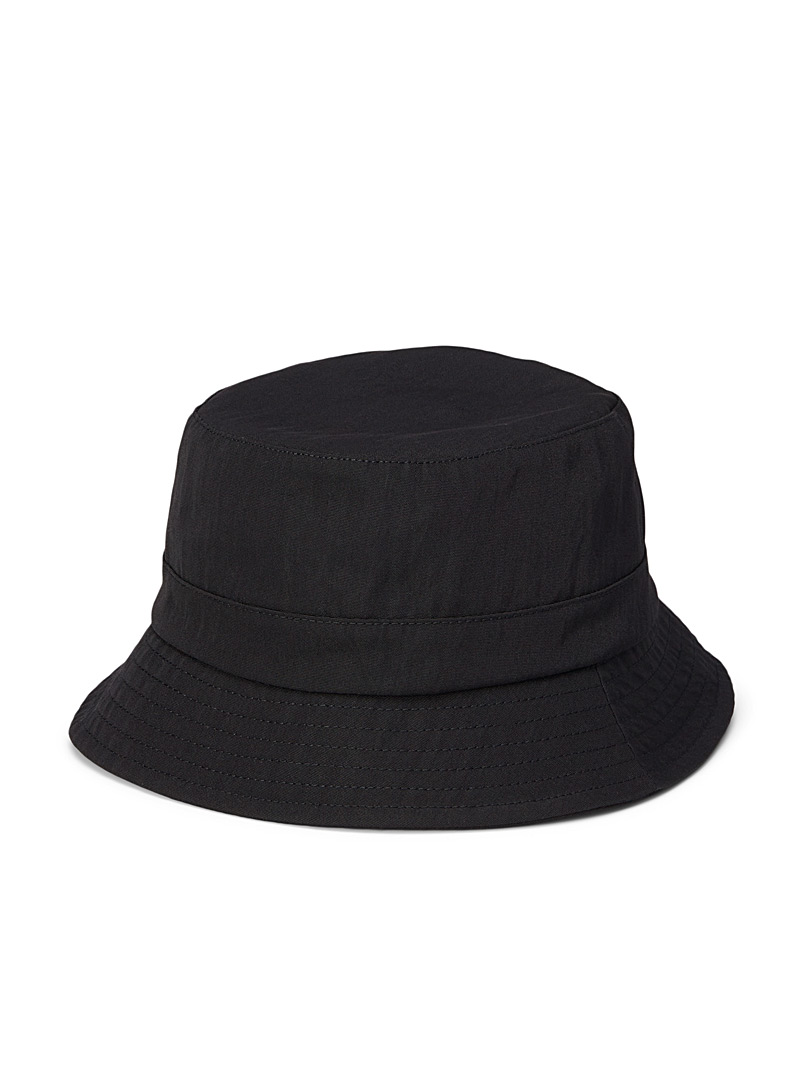 Sarah Pacini MAN Black Minimalist touch of wool bucket hat for men
