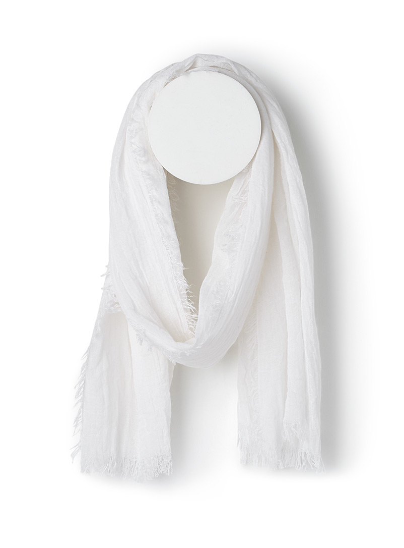 Simons White Monochrome pleated scarf for women