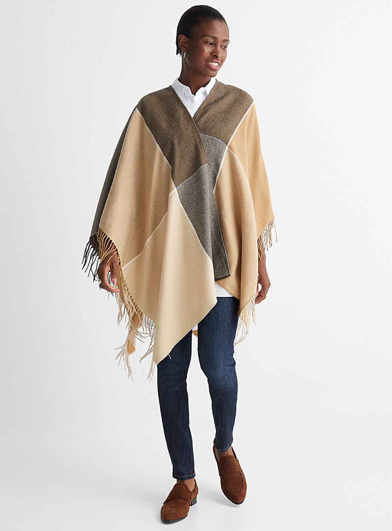 Simons Patterned Brown Oversized check ruana poncho for women