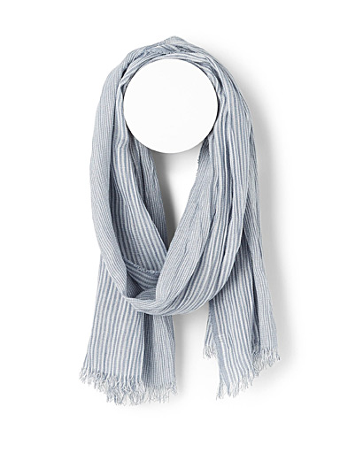 Etched stripe scarf