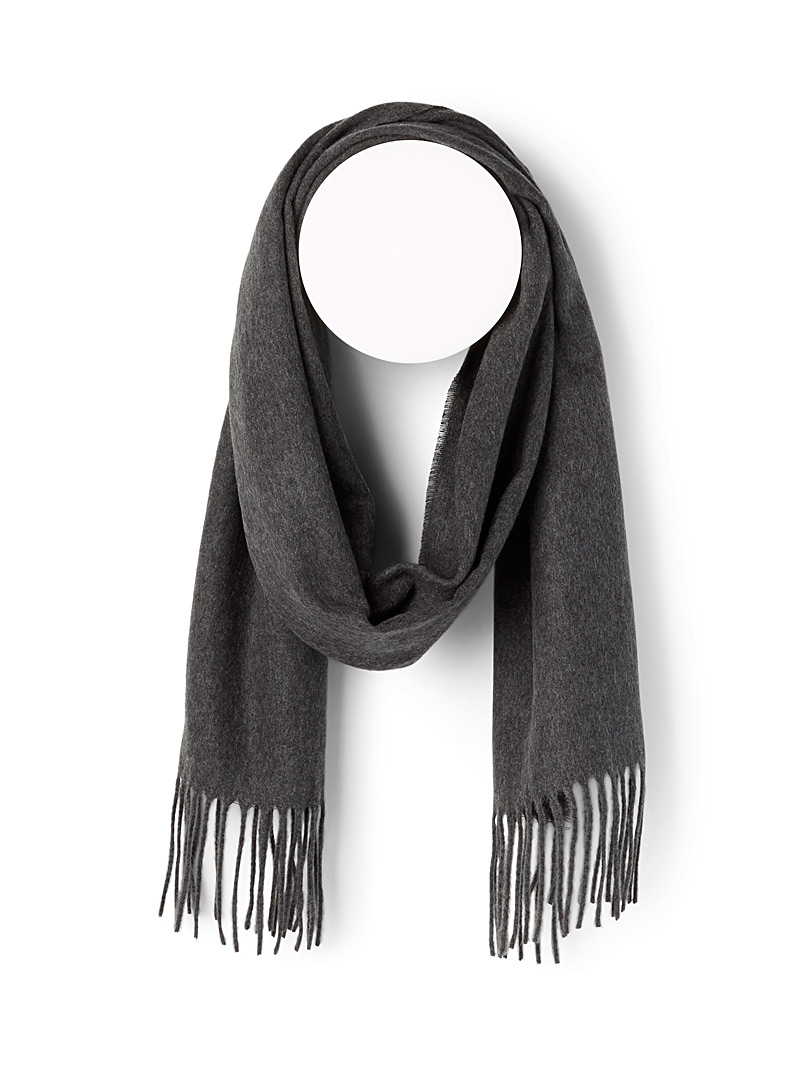 Le 31 Black Cashmere touch scarf for men