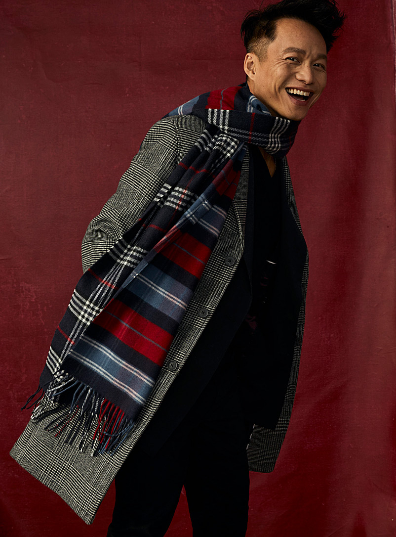 Ash-grey check scarf