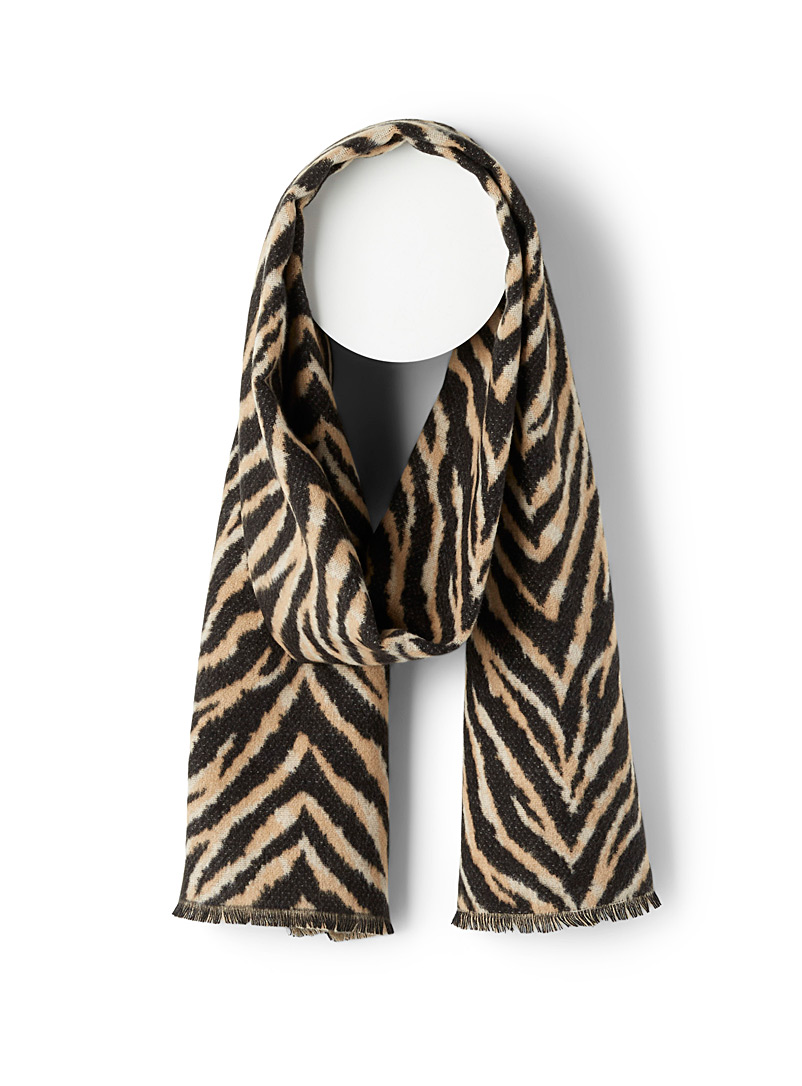 Recycled fibre tiger-stripe scarf