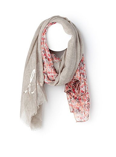 Delicate flower scarf