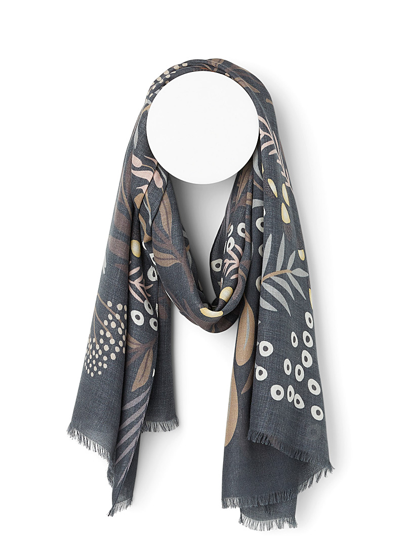 Fraas Patterned Black Forest treasures scarf for women