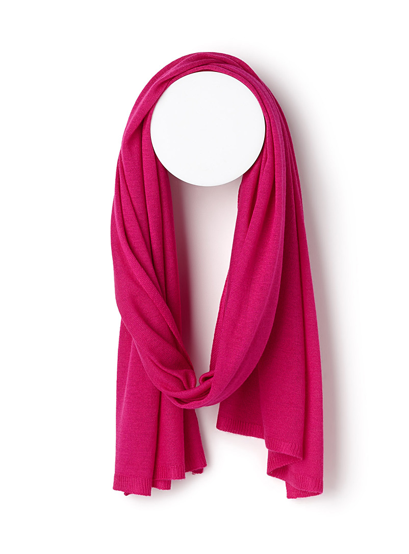 Ultra-light knit scarf - Light scarves - Pink