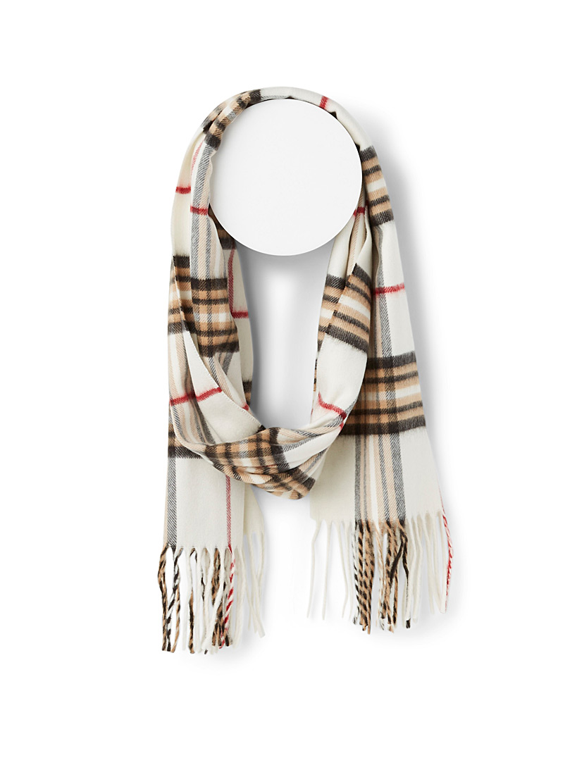 Sophisticated check scarf