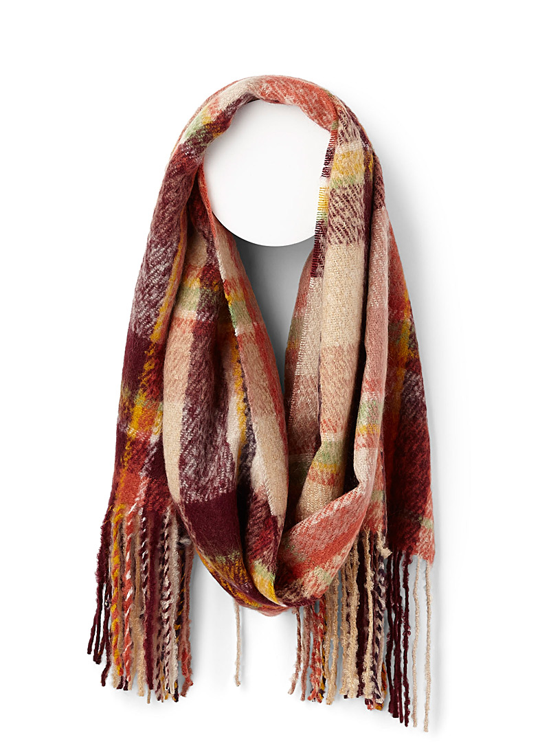 check-reign-scarf