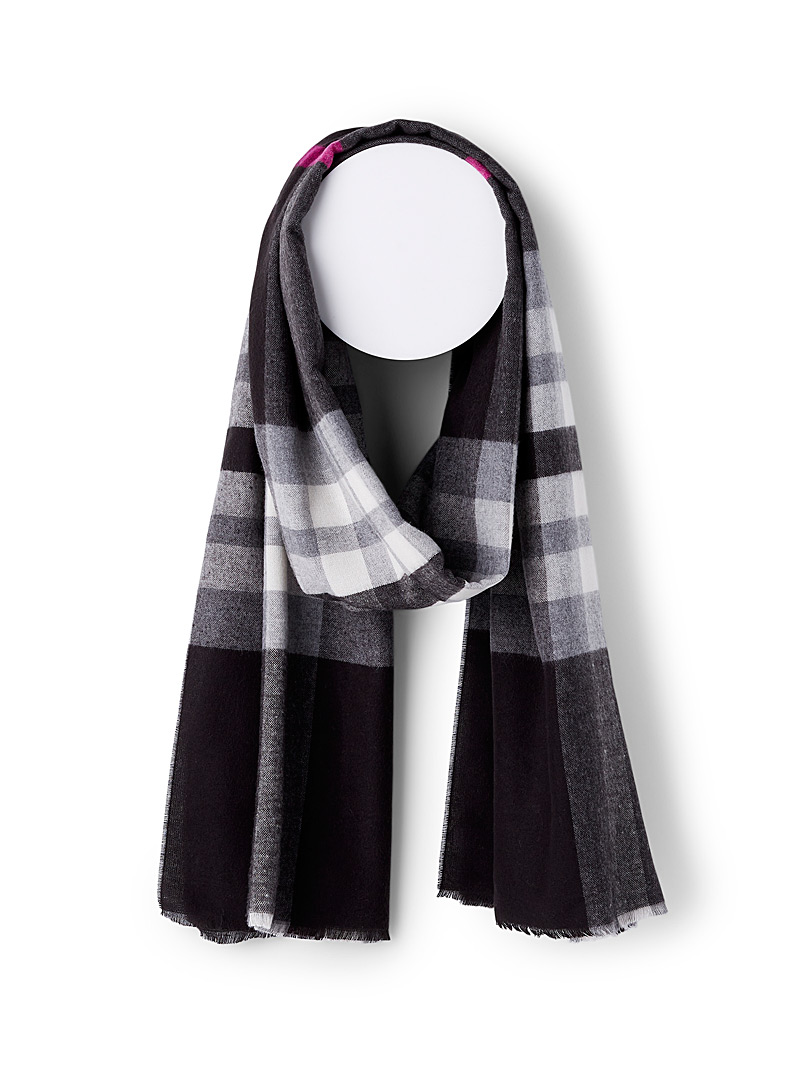 Simons Assorted black Ultra-soft classic check scarf for women