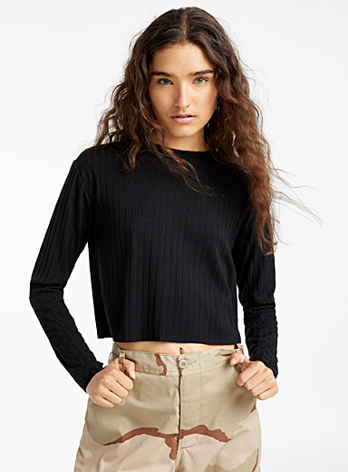 Crew neck cropped ribbed tee