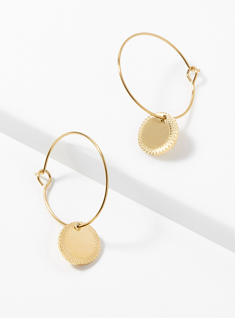 golden-medallion-hoops