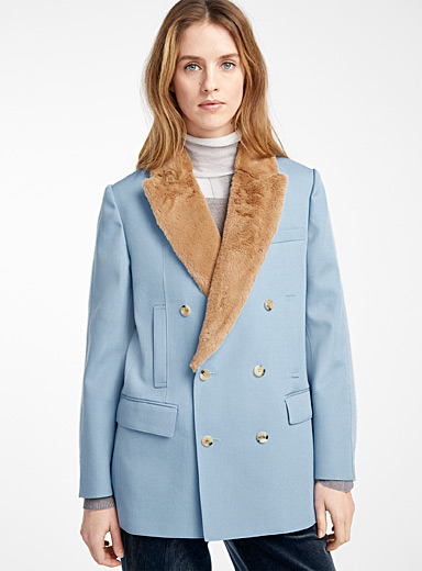 Faux-fur collar
