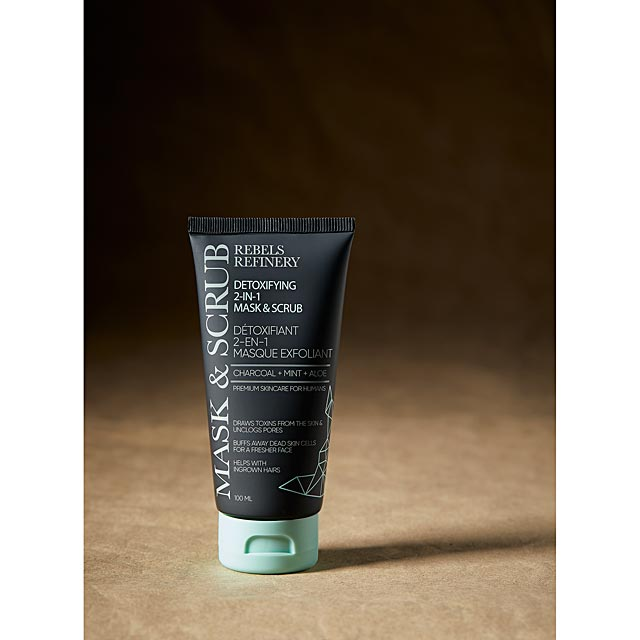 active-charcoal-facial-scrub