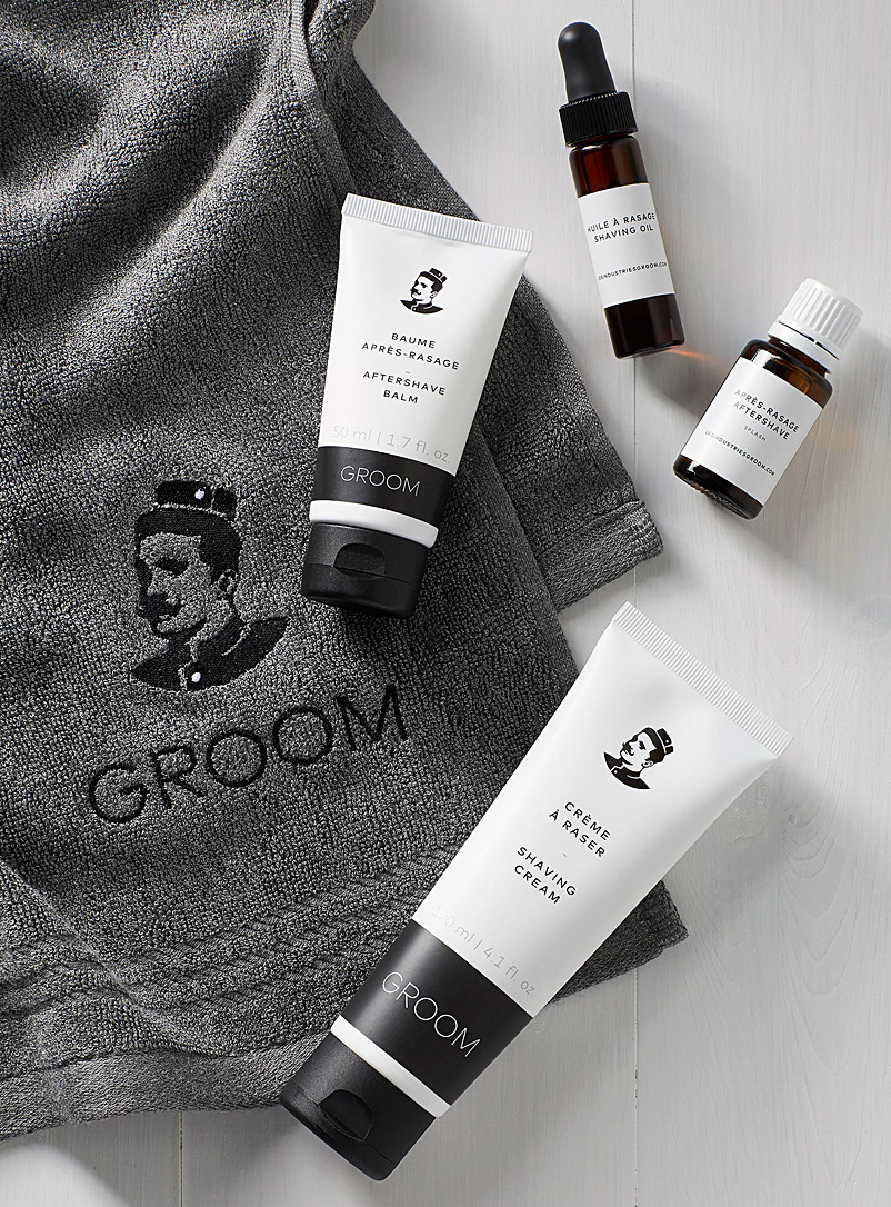 Industries Groom Black Shaving care set for men