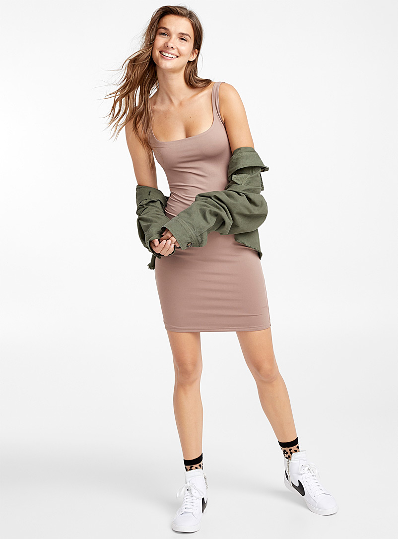 Fitted square-neck dress - Bodycon