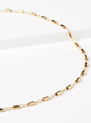 Alternating chain link choker