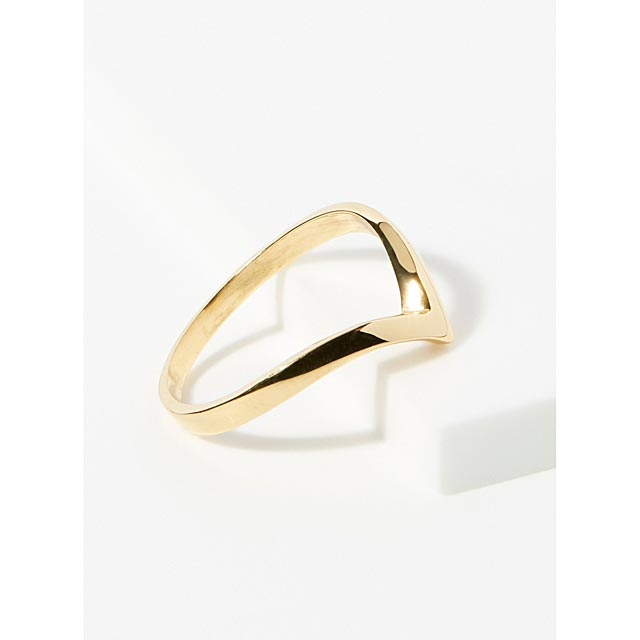 gold-pointed-ring
