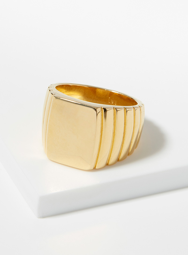 Signore rectangular ring - Designer Jewellery - Golden Yellow