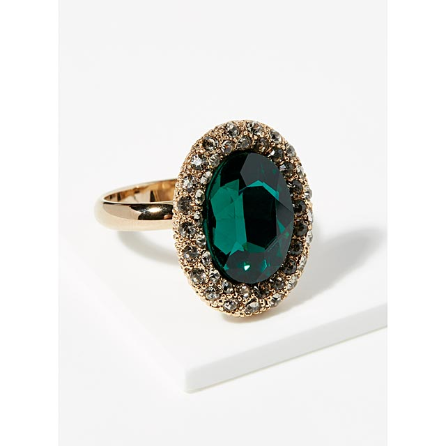 majestic-crystal-ring