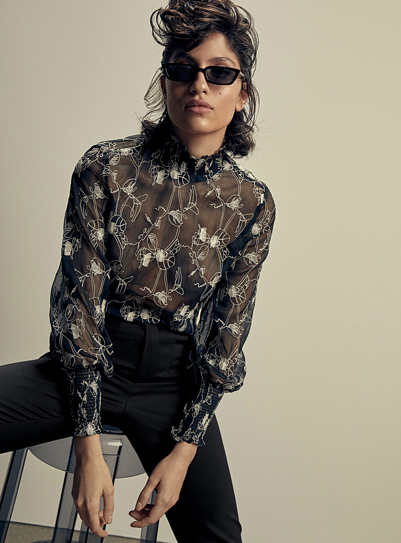 embroidered-flower-chiffon-blouse