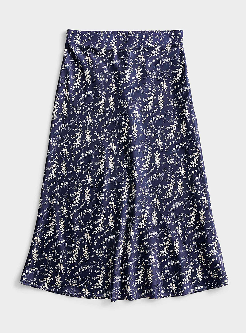 Icône Patterned Blue Silky satin mini-flower skirt for women