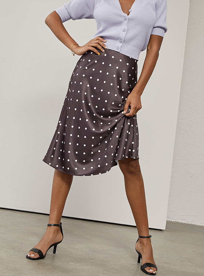 Icône Burgundy Satiny printed skirt for women